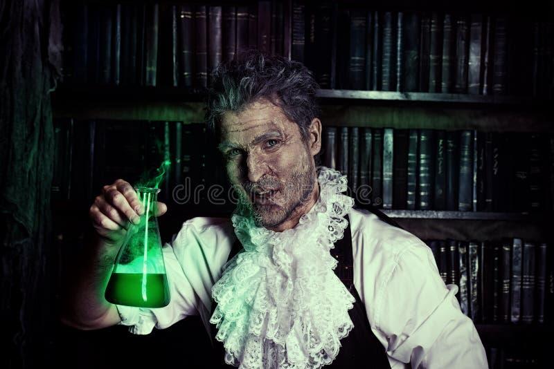 Uomo del chimico fotografie stock