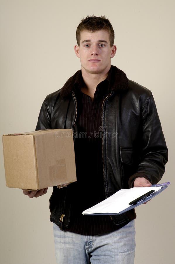 Uomo di consegna immagine stock libera da diritti