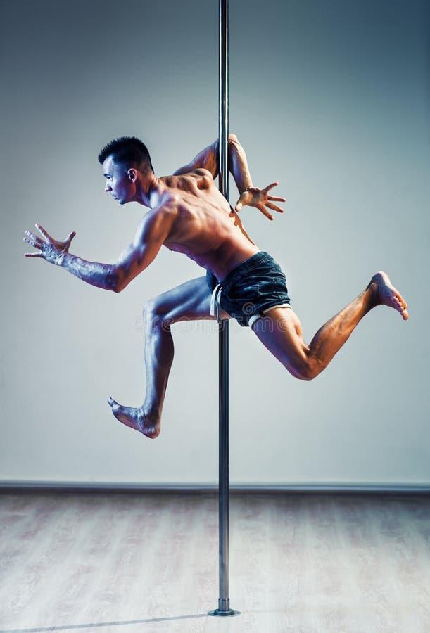 Uomo di dancing di Palo fotografia stock libera da diritti