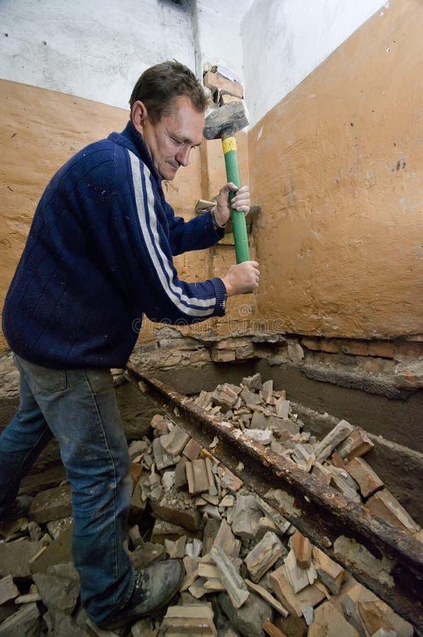 Uomo di demolizione fotografie stock libere da diritti