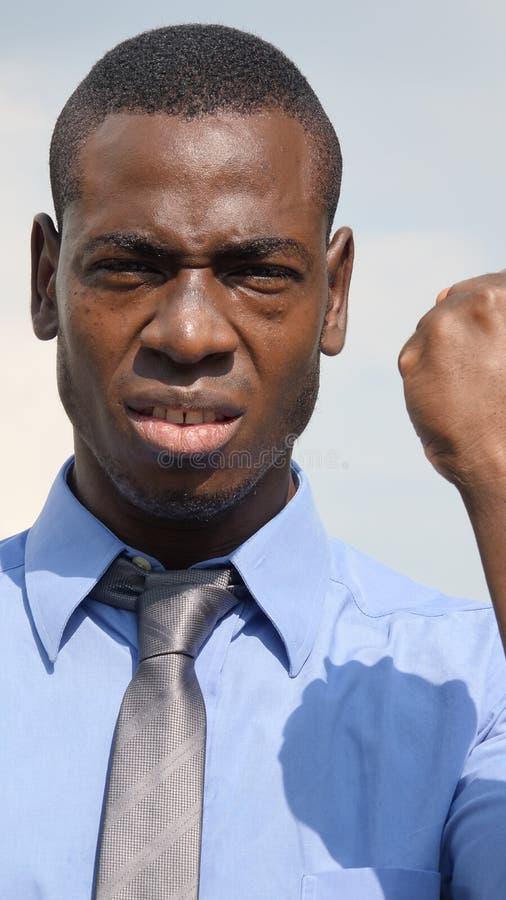 Uomo e rabbia di affari di minoranza immagini stock libere da diritti