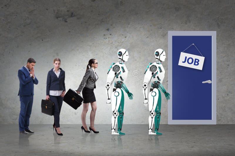 Uomo e robot della donna che competono per i lavori immagini stock libere da diritti