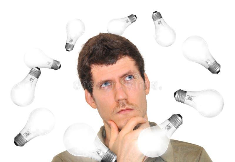 Uomo innovatore che brainstorming le nuove idee fotografia stock