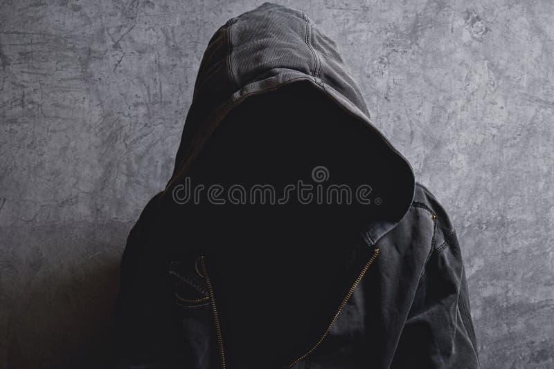 Uomo irriconoscibile anonimo senza identità fotografia stock