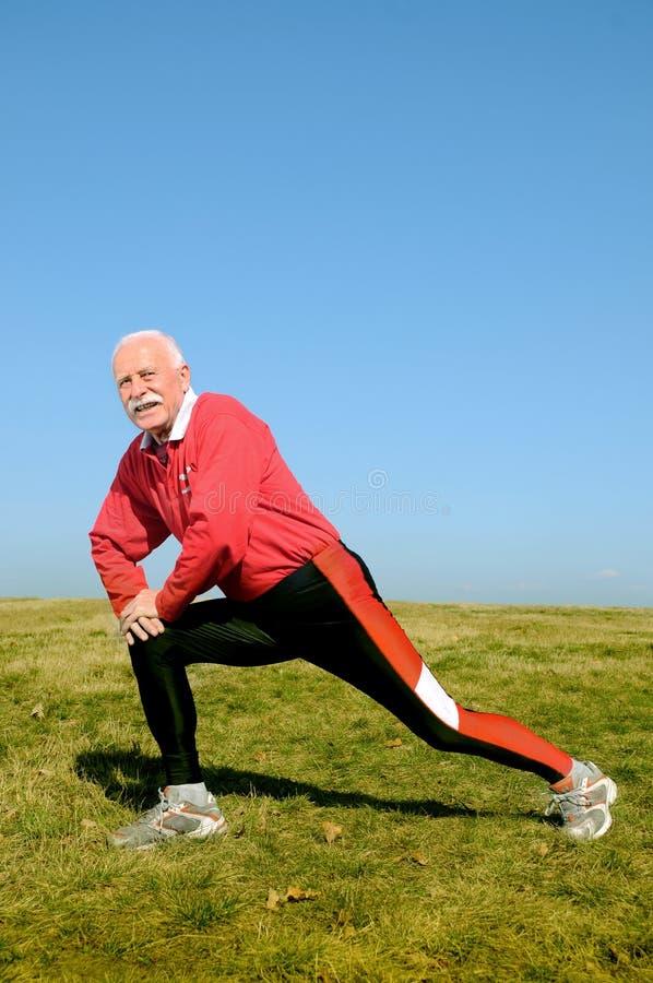 Uomo maggiore atletico fotografia stock