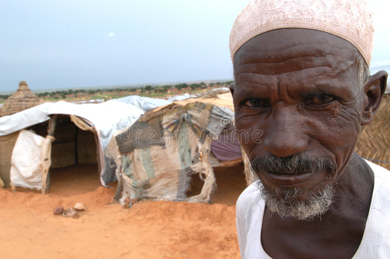 Uomo musulmano anziano in Darfur fotografia stock libera da diritti