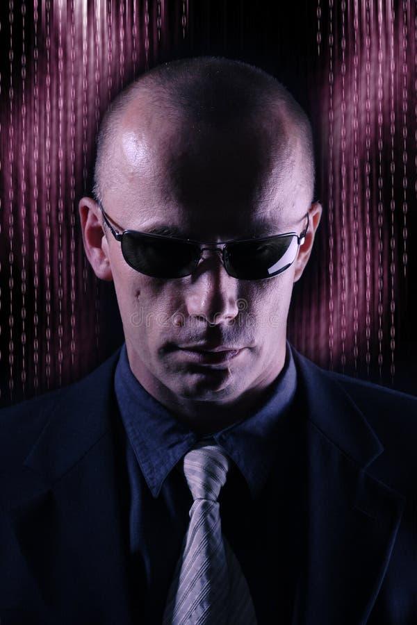 Uomo nel nero fotografie stock libere da diritti