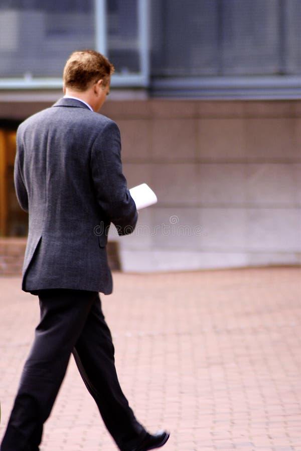 Uomo nel ostreet fotografie stock libere da diritti