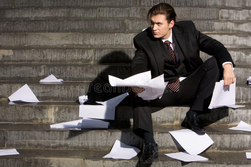 Download Uomo nella difficoltà fotografia stock. Immagine di jobless - 7319662