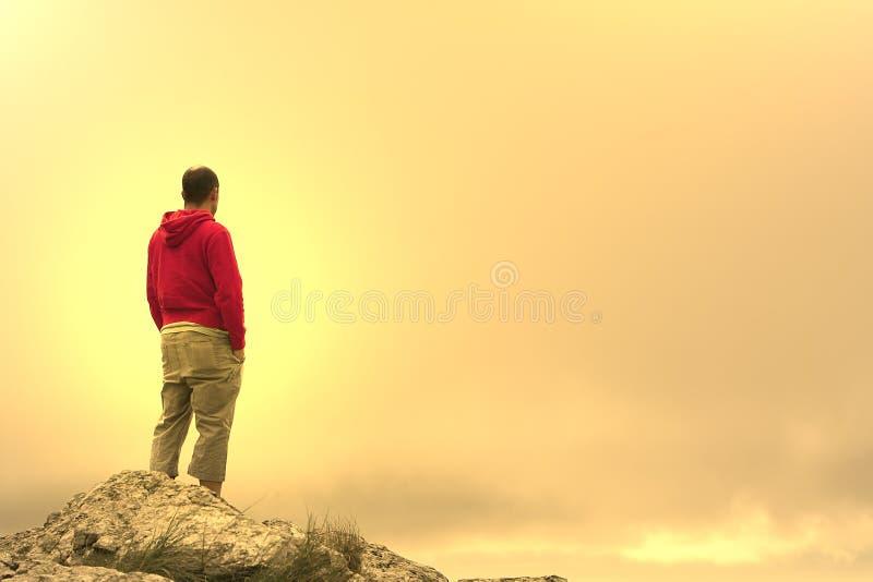 Uomo nella meditazione fotografia stock