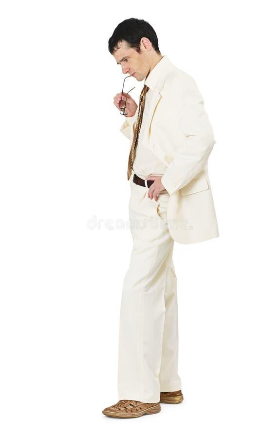 Uomo premuroso in vestito bianco di affari immagine stock libera da diritti