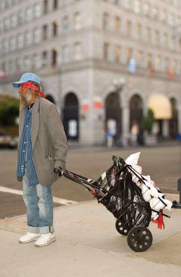 Uomo senza casa fotografie stock libere da diritti