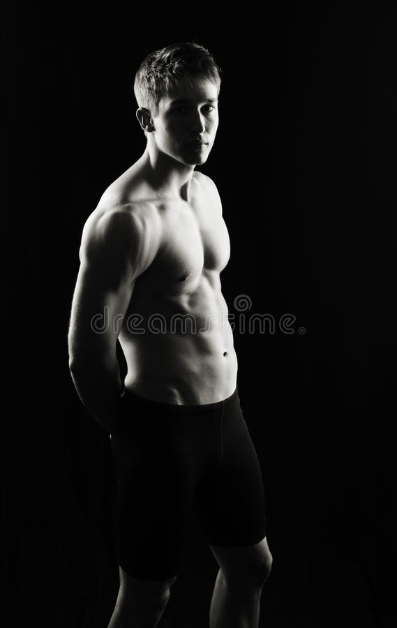 Uomo serio di forma fisica fotografia stock libera da diritti