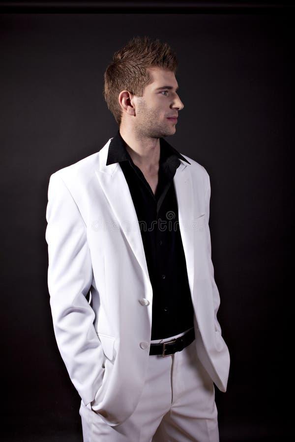 Vestito uomo bianco