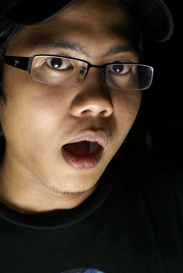 Uomo spaventato fotografia stock libera da diritti