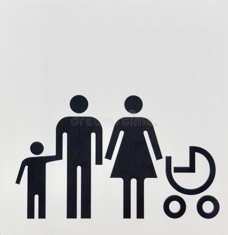 Uomo sposato e donna dell'unità di famiglia con i loro bambini immagini stock libere da diritti