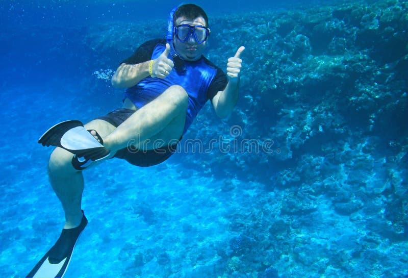 Uomo subacqueo fotografie stock libere da diritti