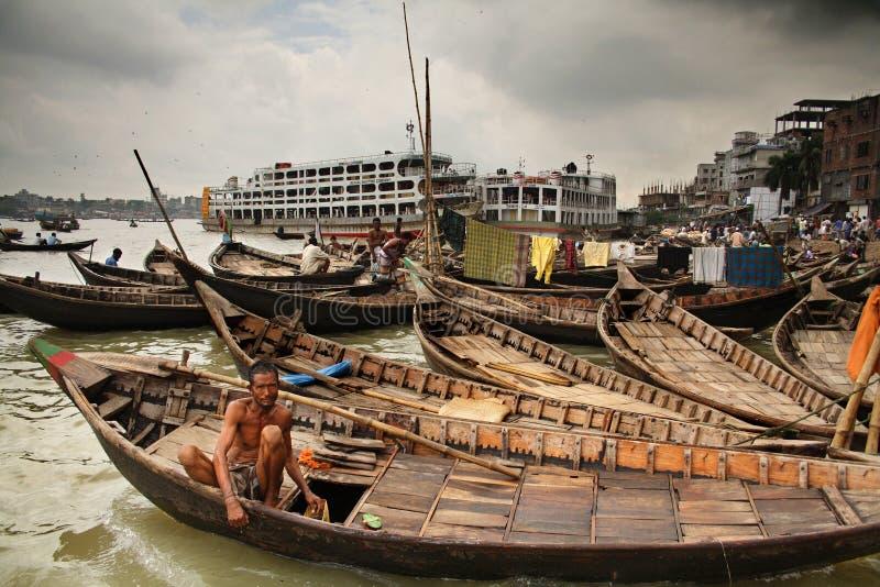Uomo sulla barca fotografia stock libera da diritti