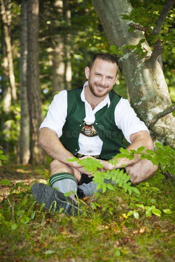 Uomo tradizionale bavarese immagine stock libera da diritti