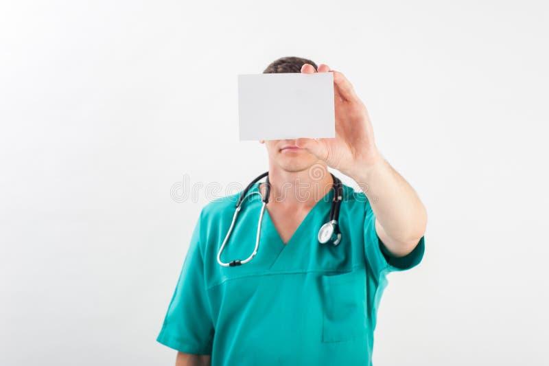 Uomo in uniforme medica immagini stock