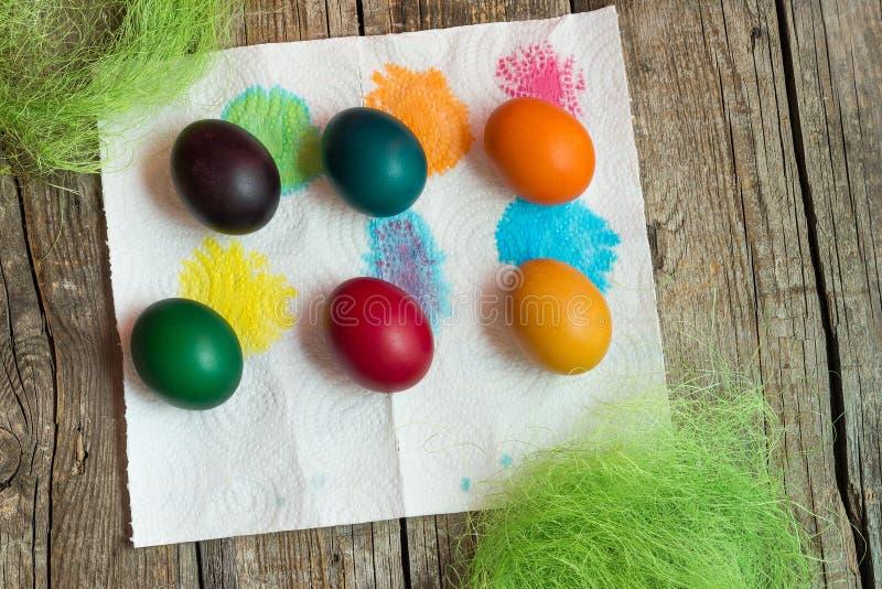Uova di festa di Pasqua fotografie stock libere da diritti