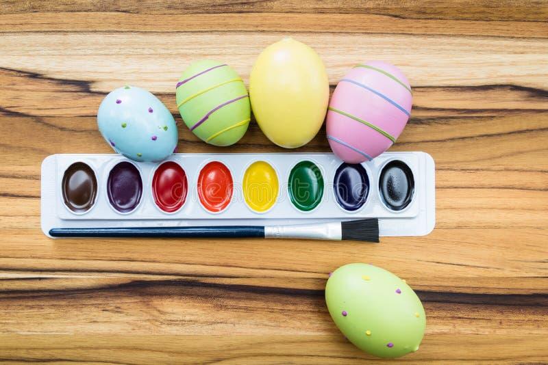 Uova di Pasqua della pittura immagine stock libera da diritti