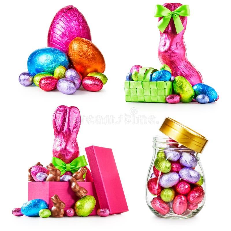 Uova di Pasqua e coniglietti fotografie stock libere da diritti