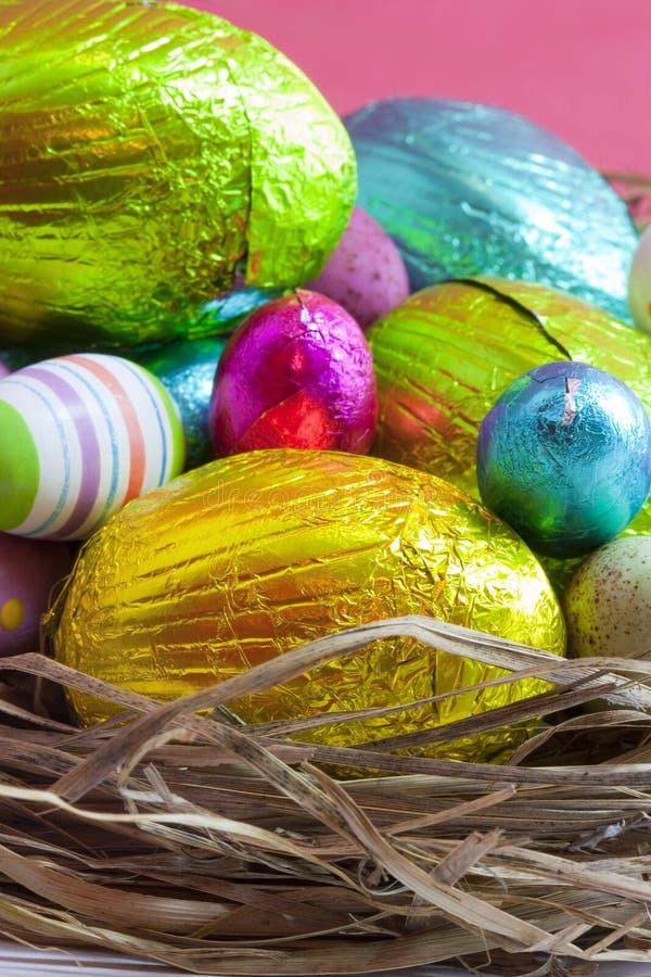 Uova di Pasqua In nido immagine stock libera da diritti