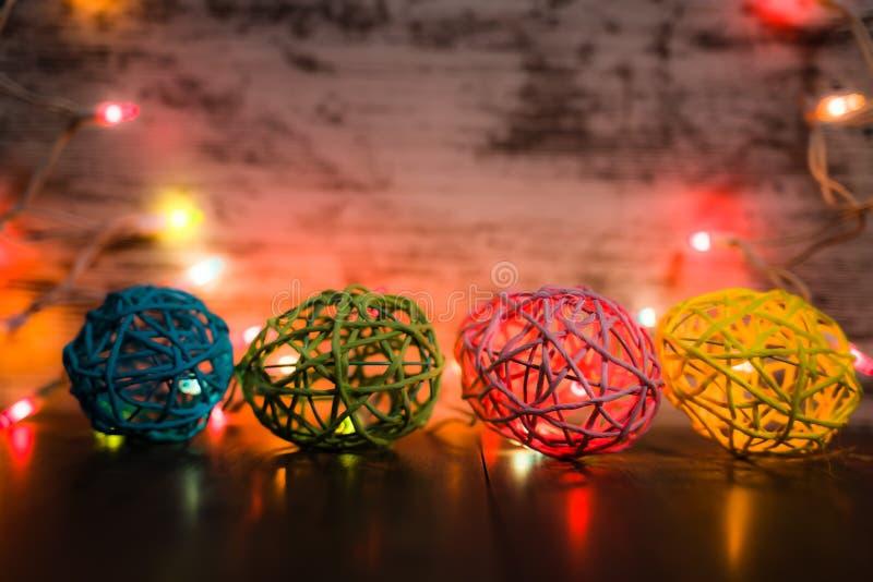 Uova di Pasqua a quattro vie con le luci fotografie stock libere da diritti