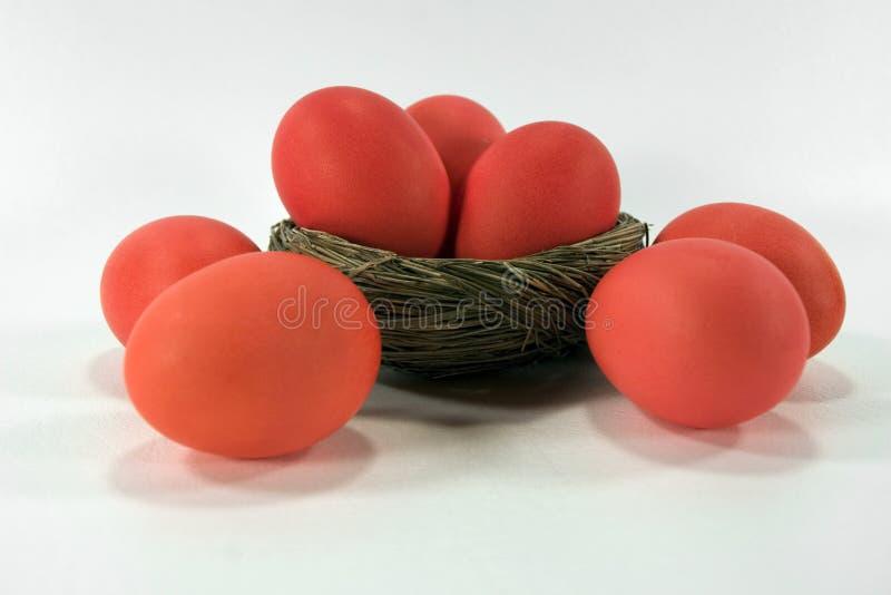 Uova di Pasqua Rosso-Arancioni fotografia stock libera da diritti