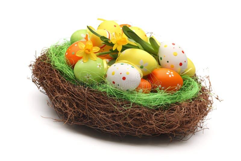 Uova di Pasqua Sul nido immagine stock libera da diritti
