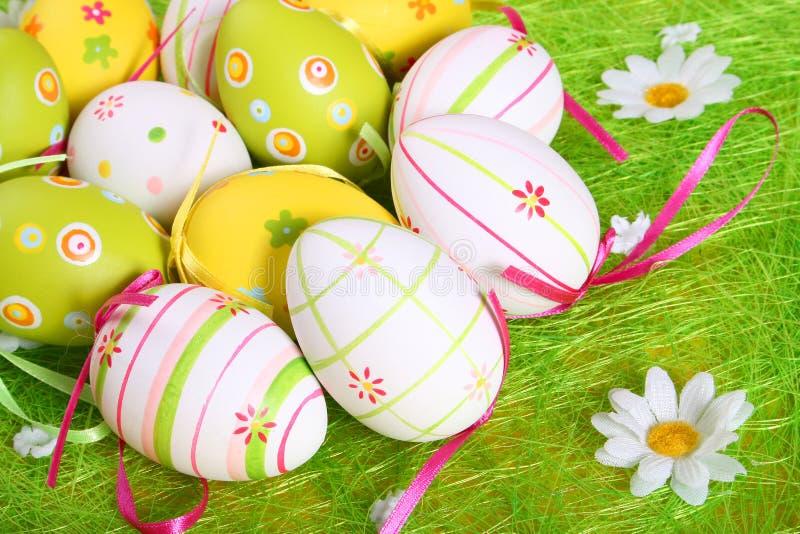 Uova di Pasqua Una priorità bassa fotografie stock
