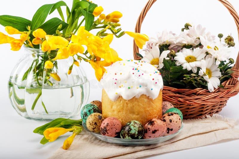 Uova di quaglie Uova verniciate per Pasqua Ancora lifes variopinti immagini stock