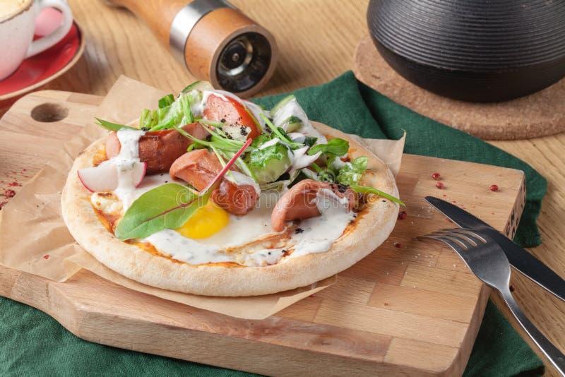 Uovo americano Ham Bacon Toast della salsiccia della prima colazione fotografie stock libere da diritti
