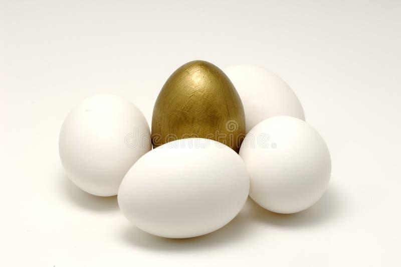 Uovo dell'oro immagini stock