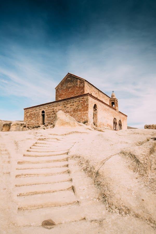Uplistsikhe, région de Shida Kartli, la Géorgie Escalier en pierre à  photos libres de droits