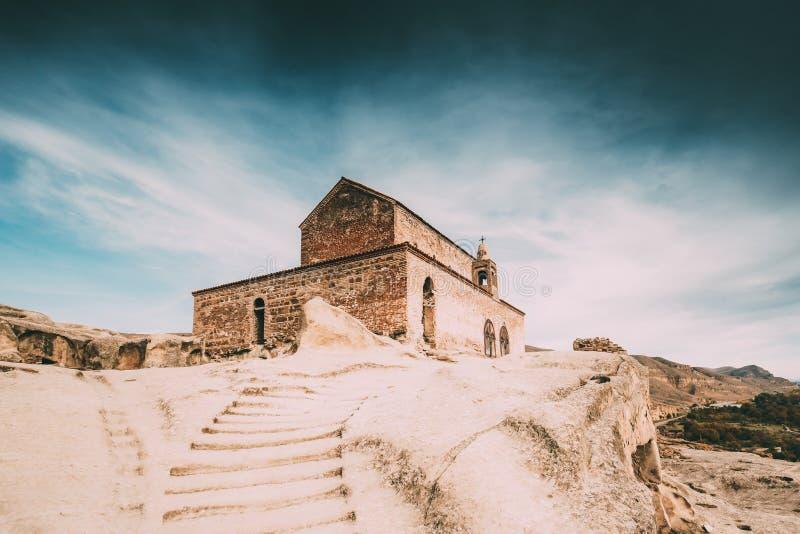 Uplistsikhe, région de Shida Kartli, la Géorgie Escalier en pierre à l'église d'Uplistsuli ou à l'église de prince In Famous Land photo stock