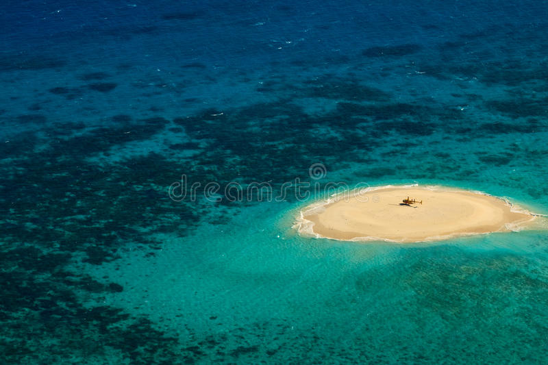 Download Upolu Cay Great Barrier Reef Heliport Stock Photo - Image: 12089738