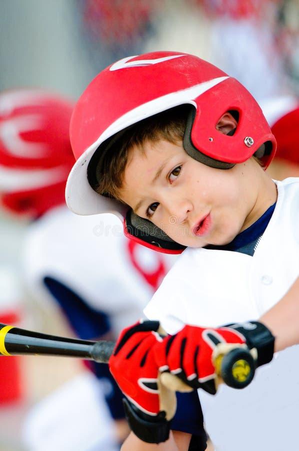 Upp-slut för barnserien i basebollbaseballsmet arkivfoton
