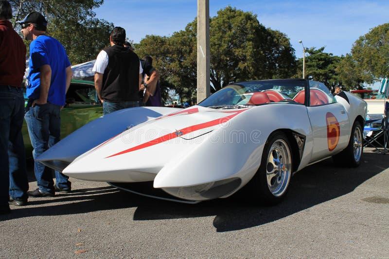 Uppdiktade springa bil för Mach fem från livlig serie arkivbild