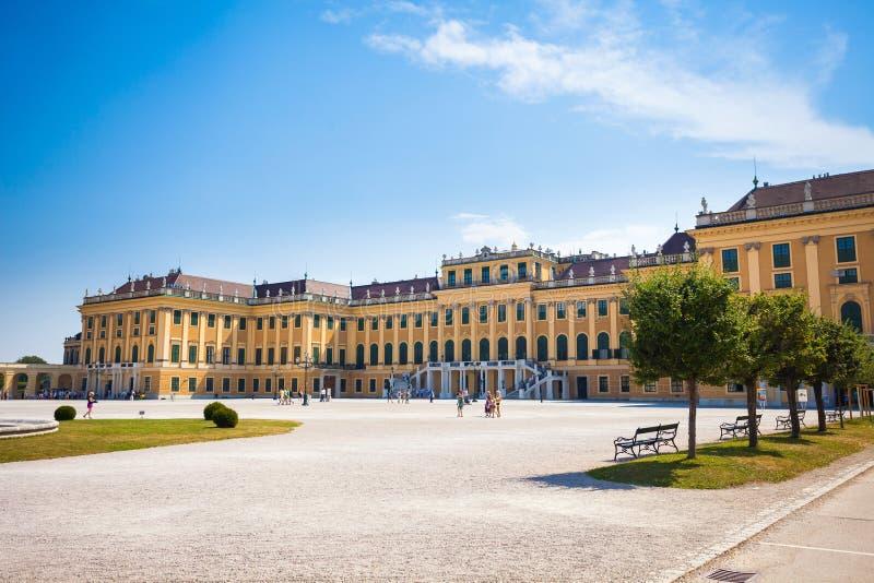 Uppehåll för Schonbrunn slottkunglig person royaltyfri fotografi