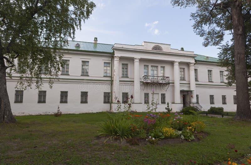 Download UppehållArchimandriteKirillo-Belozersky Kloster, Vologda Region, Ryssland Redaktionell Fotografering för Bildbyråer - Bild av reserv, natur: 76702489