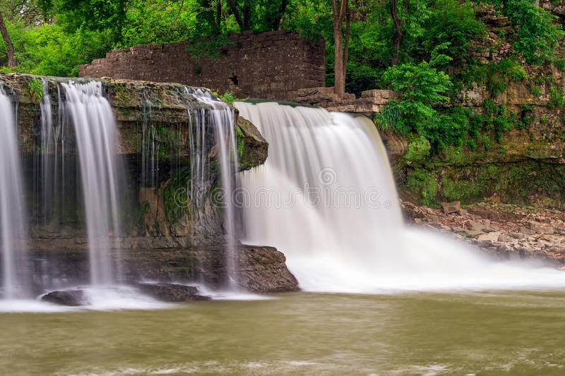 Download Upper Cataract Falls And Mill Ruins Stock Photo - Image: 31177198