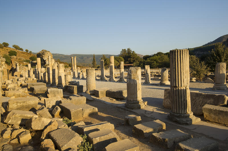 Download Upper Street Ancient City Of Ephesus. Stock Image - Image: 33746001