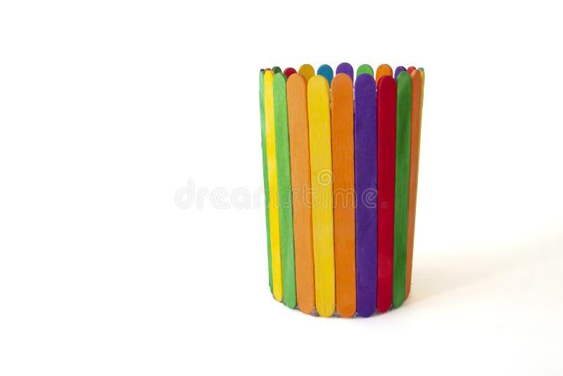 Uppfinning av leksaker från färgrika isglasspinnar arkivfoton