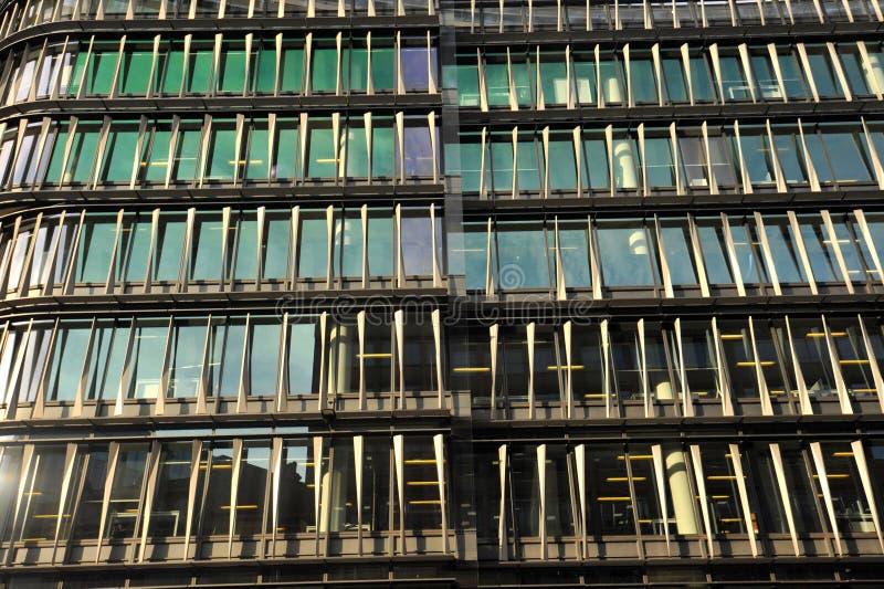 Uppgifter om Amazons huvudkontor i London: 60 London vid 60 Holborn Viaduct fotografering för bildbyråer