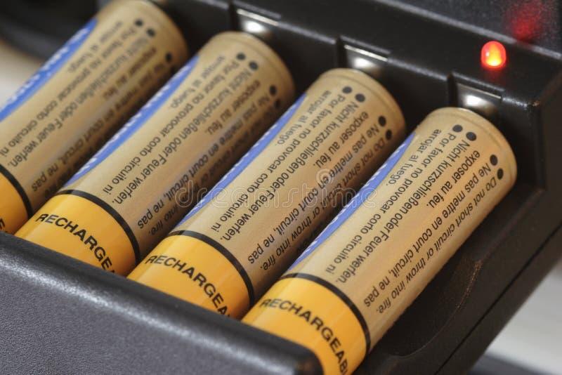 uppladdare för batteri 01 arkivbild
