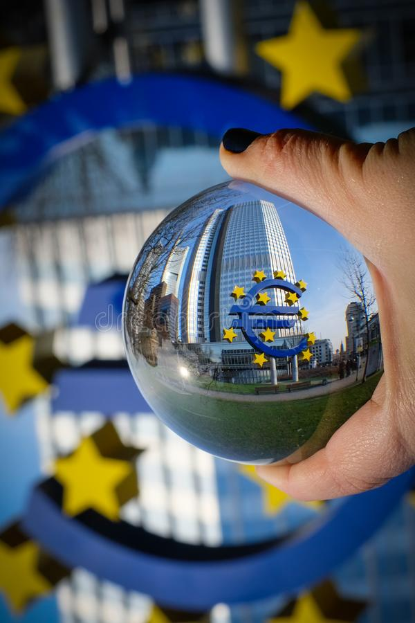 Uppochnervänd europeisk union arkivbild