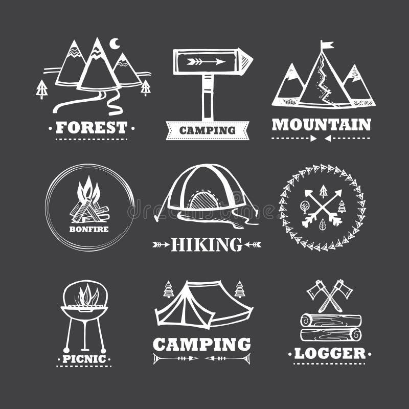 Uppsättning av att campa för logoer vektor illustrationer