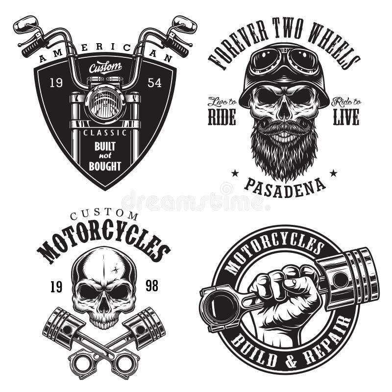 Uppsättning av beställnings- motorcykelemblem vektor illustrationer